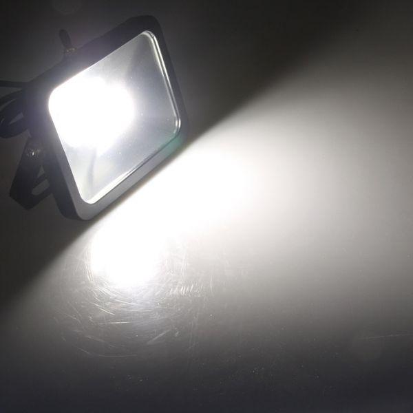 "LED-Fluter SlimLine ""CTF-SL10B"" #REST# 10W, IP44, 780 Lumen, 4200K, neutralweiß"